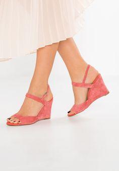 073dea97bd14 High heeled sandals - coral   Zalando.co.uk 🛒