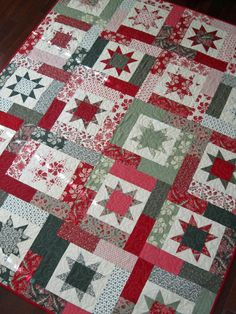 Love this Christmas quilt! Love French General! And Abby's quilting is divine! December 2014