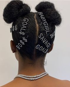 Hair clips 28640147617662537 - Festival Curly Hair Trends to Try This Summer — CurlFriends Source by timodelle Clip Hairstyles, Black Girls Hairstyles, Braided Hairstyles, Choppy Hairstyles, Black Hairstyle, American Hairstyles, Dreadlock Hairstyles, Hairstyle Ideas, Curly Hair Styles