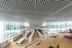 Biblioteca Alexis de Tocqueville / OMA + Barcode Architects