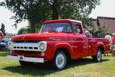 https://flic.kr/p/8Sqp7z   Ford F100 1957