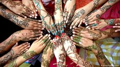 Stunning ,beautiful and simple henna designs for 2017