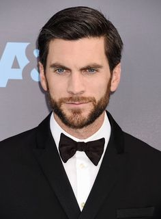 Wes Bentley attends the 21st Annual Critics' Choice Awards at Barker Hangar on January 17, 2016 in Santa Monica, California