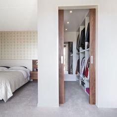 Wardrobe Room, Wardrobe Design Bedroom, Room Design Bedroom, Modern Bedroom Design, Bedroom Layouts, Home Room Design, Home Bedroom, Home Interior Design, Small Dressing Rooms
