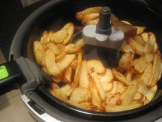 chips (use Fry Light spray) ina Tefal Actifry. Slimming World Syns, Slimming World Recipes, Diabetic Recipes, Cooking Recipes, Healthy Recipes, Syn Free Snacks, Tefal Actifry, Sliming World, Recipes