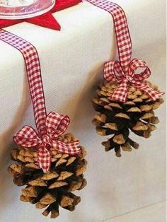 Christmas Crafts decorations Best Christmas Crafts for Kids, Christmas Crafts Ideas, Christmas Home Decorations Decoration Christmas, Christmas Crafts For Kids, Rustic Christmas, Xmas Decorations, Christmas Home, Holiday Crafts, Christmas Holidays, Christmas Wreaths, Christmas Ornaments