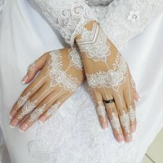 Cute Henna Designs, Hena Designs, Bridal Henna Designs, Mehndi Designs, Kebaya Wedding, Wedding Henna, Step By Step Henna, Simple Henna Tattoo, Henna Style