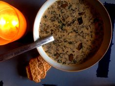 soupe-aux-champignons-2 Cereal, Oatmeal, Breakfast, Food, Cream Soups, The Oatmeal, Morning Coffee, Rolled Oats, Essen
