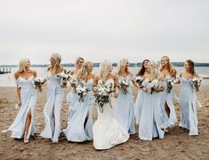 Bridesmaid Gift Ideas: 50 Printed Bridesmaid Robes & Rompers - Bridesmaid Gift Ideas: 50 Printed Bridesmaid Robes & Rompers When your bridesmaids are on fleek 👌🏻 I love this group of women so dang much - Beach Wedding Bridesmaids, Beach Bridesmaid Dresses, Blue Bridesmaids, Bridesmaid Robes, Blue Wedding, Wedding Bells, Dream Wedding, Wedding Dresses, Beach Weddings