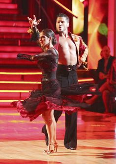Dancing with the Stars: All-Stars Week 3 Val and Kelly's stunning, stunning dance