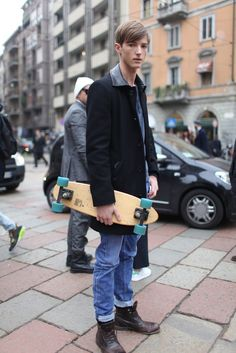 Milan Men's Fashion Week street style. [Photo by Kuba Dabrowski]