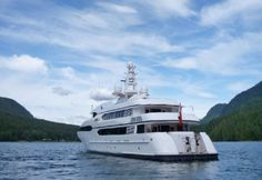 Nothing Screams Luxury More Than A Yacht Party http://blog.luxuryrentaldirectory.com/yachts/screams-luxury-yacht-party/