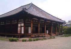 http://www.tabi-go.jp/16673/ wakabutu さん 元興寺〜飛鳥時代の瓦が残る清々しいお堂