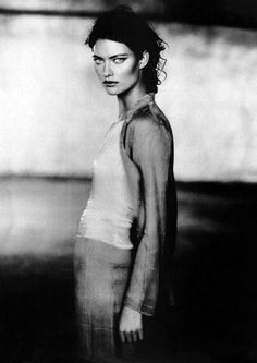 Bright lights in a dark city. The mood is definitely here.  Shalom Harlow for Armani, 1998 by Peter Lindbergh.