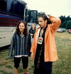 Eddie Vedder y Chris Cornell (1992). - maria_1206 those were the days!!!