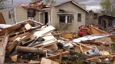 04/07/2014 - 7 injured when tornado touches down in Covington County