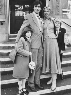 Pierce Brosnan & Cassandra Harris (m. 1980–1991)