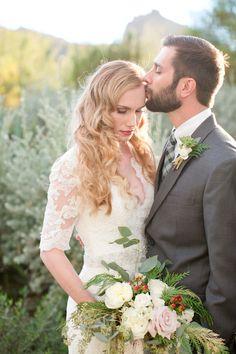 Glamorous-Desert-Wedding-Amy-Jordan-Photography-Bridal-Musings-Wedding-Blog-42.jpg 630×945 pixels