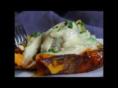 Töltött édesburgonya sajttal sütve - YouTube Make It Yourself, Ethnic Recipes, Youtube, Food, Essen, Meals, Youtubers, Yemek, Youtube Movies