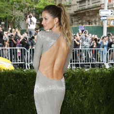 Gisele Bündchen Turns the Toned, Tan Back Into a Breakout Moment at the Met Gala 2017
