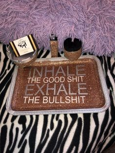 Inhale the good shit, exhale the bull shit Custom rolling tray sets with ashtray lighter and storage jar Diy Resin Tray, Diy Resin Crafts, Diy Arts And Crafts, Crafts To Sell, Cricut Tutorials, Cricut Ideas, Stash Jars, Puff And Pass, Vases