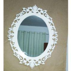 Espelho com moldura 43 x 55 cm em MDF cor branca trabalhada |