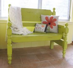 Hometalk :: Turn that unwanted twin bed into a useful bench!