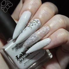 BunnyTailNails: piCture pOlish making its way into my heart