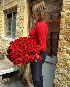 🥀 Red Ecuador Roses 🥀 Love Them 🔝 Ecuador, Thessaloniki, Rose Bouquet, Fresh Flowers, Flower Art, Red Color, Red Roses, Greece, Fantasy