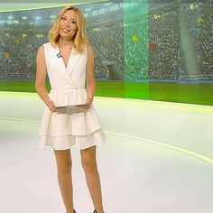 More on tvmagia.ro Beautiful Legs, Weather, News, Dresses, Fashion, Gowns, Moda, La Mode, Dress