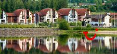 Landal Marina Lipno (vakantiepark) - Lipno nad Vltavou - Tsjechië | TUI Czech Republic, Mansions, House Styles, Places, Travel, Home Decor, Viajes, Decoration Home, Manor Houses