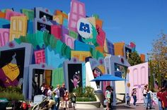Monsters Inc. Mike and Sully to the Rescue; California Adventure - Hollywood Pictures Backlot