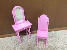 Barbie Doll Rapunzel Enchanted Tower Mirror Vanity Easel Bedroom Home Furniture
