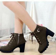 $43.20 (Buy here: https://alitems.com/g/1e8d114494ebda23ff8b16525dc3e8/?i=5&ulp=https%3A%2F%2Fwww.aliexpress.com%2Fitem%2FFree-Shipping-2013-PVC-Transparent-Womens-Colorful-Crystal-Clear-Flats-Heels-Water-Shoes-Female-Rainboot-Martin%2F1273924961.html ) Free  Shipping!2016 PVC Transparent Womens Colorful Crystal Clear Flats Heels Water Shoes Female Rainboot Martin Rain Boots,38 for just $43.20