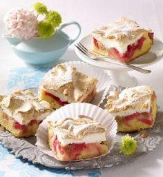 Rhabarberkuchen mit Baiserhaube                              -                                  Ein fruchtiger Obstkuchen mit Rhabarber und Baiser