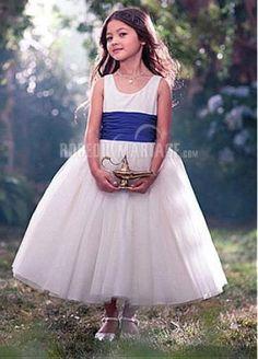 enfants d'honneur} jolies couronnes | la couronne, ceinture et la tete