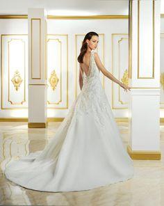 Robe de mariées  www.dismoioui.be 081.22.97.11