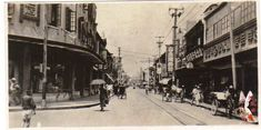 老上海街景1930s。真照片:山北洋行陶器部,山本号羊品店。上海吴淞路。