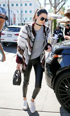 10-things-olivia-palermo-and-kendall-jenner-both-have-in-their-closets-1649874-1454958921.640x0c