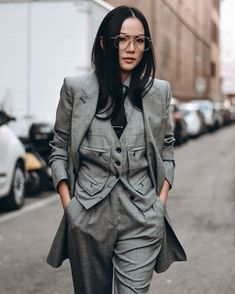 "📷 Jonathan Carrillo on Instagram: ""10 photos from Milan Fashion Week Women's 📸 @jcstreetstyle . . . . . . . . . . #mfw #MilanFashionWeek #fashionweek #fashionpost…"" Milan Fashion, Military Jacket, Fall, Photos, Jackets, Instagram, Autumn, Pictures, Down Jackets"