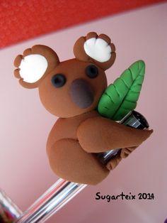 Koala decora boli.  Si te gusta puedes adquirirlo en nuestra tienda on-line: http://www.sugarshop.eu