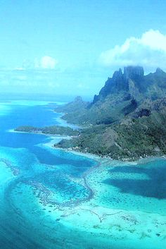 There's something between heaven and the sea...in this case it's Moorea! Credit: Steven Tan