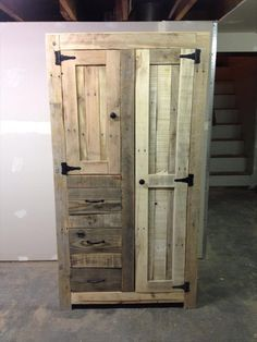 pallet storage projects | The opening and closing of cabinet door has been hinged with some cozy ...
