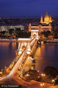 Night view of Széchenyi Chain Bridge from the top of the hill where the cable car stops.Budapest, Hungary