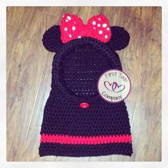 Crochet Hoods Minnie Mouse hooded cowl scarf by First Twin Company, Minnie Mouse hat kids scarf hooded cowl pattern - Crochet Baby Hats, Crochet Scarves, Crochet For Kids, Knitted Hats, Crochet Hood, Knit Crochet, Mini Y Mickey, Crochet Character Hats, Crochet Disney