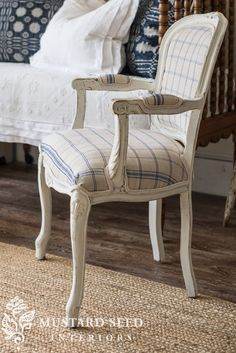 miss mustard seed | the french twins | MMS reupholstered two French chairs with antique grain sack fabric for the Lucketts Spring Market. See how she painted them using Miss Mustard Seed's Milk Paint in Farmhouse White.