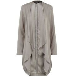 """Give casual jeans a luxe feel with this neutral waterfall duster coat.- Simple long sleeves- Open front design- Casual fit- Soft finish- Viscose twill fabric- Model is 5'8""""/176cm and wears UK 10/EU 38/US 6"""