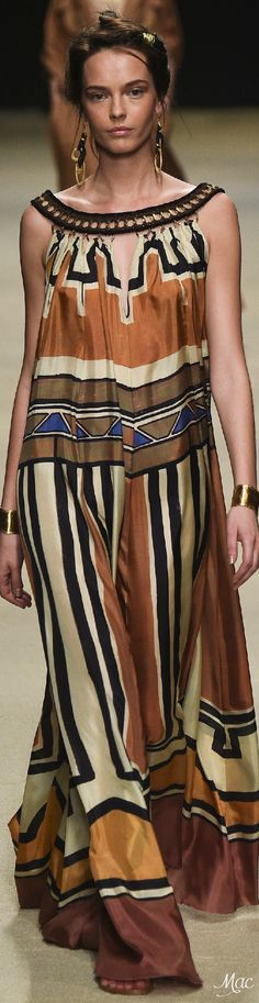 Spring 2016 Ready-to-Wear Alberta Ferretti