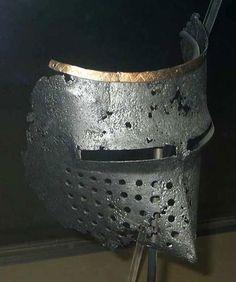 Houndskull Visor, Archaeological Museum, Veliko Tarnovo 1380-1410 ref_arm_4370_006