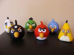 Bonecos Angry birds feitos em biscuit.    **R$ 50,00 = composto pelos 6 bonecos    ** Preço unitário: R$ 10,00 R$50,00 Bolo Angry Birds, Festa Angry Birds, 5th Birthday Boys, Birthday Ideas, Biscuit, Bird Cakes, Paw Patrol, Cute, Crafts